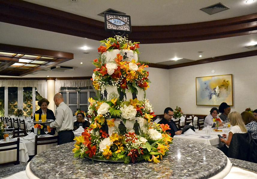 Bolo do Jantar de Aniversário de 89 anos da AEB