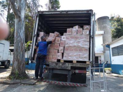 Rede Accor doa milhares de cestas básicas para as famílias do Capão Redondo
